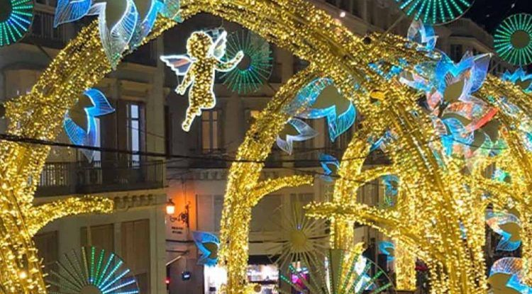 Tour guiado para ver en familia el alumbrado de Navidad en Málaga 2019