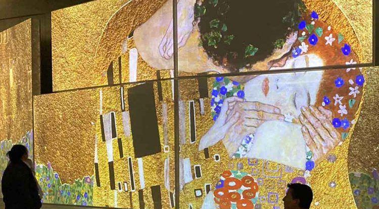 Exposición inmersiva de Gustav Klimt para toda la familia en Muelle Uno Málaga