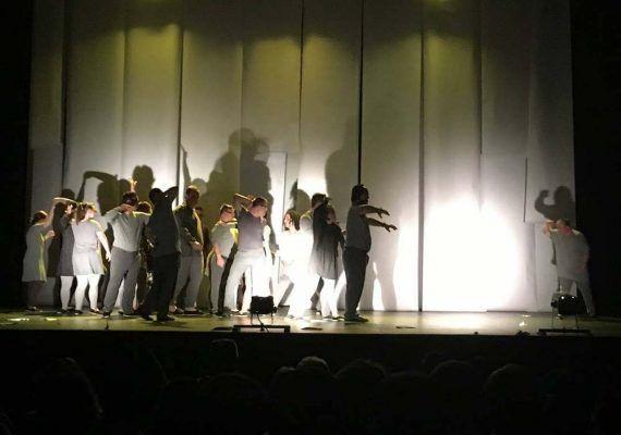 Teatro familiar 'En busca de El Principito' online y gratis con Arribadown