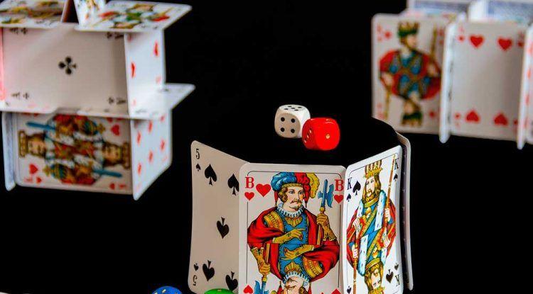 Trucos de magia para practicar en casa de la mano de Luis Piedrahita y Jorge Blass
