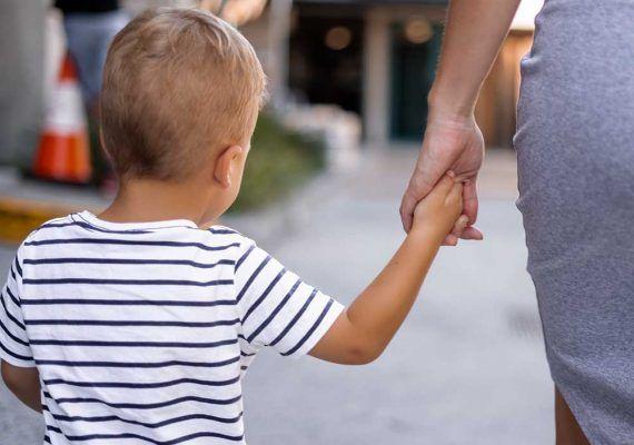 Qué niños y cómo pueden salir a la calle a partir del 27 de abril
