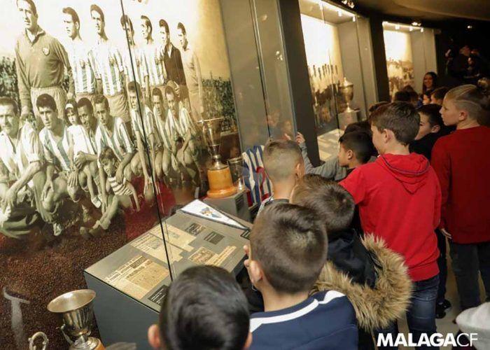 Visita con niños el estadio de fútbol La Rosaleda y el museo del Málaga CF