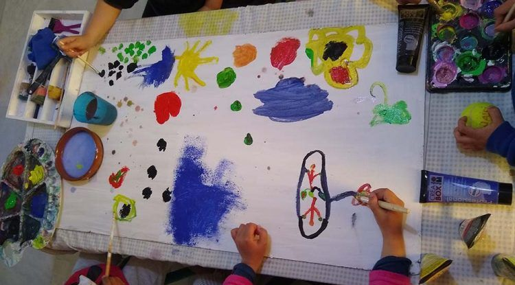 Talleres de arte y aprendizaje para niños en Rincón de la Victoria con Fuyumilab