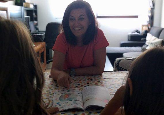'Mi jardín de las palabras': libro de cuentos cortos para enseñar a los niños conceptos abstractos del lenguaje