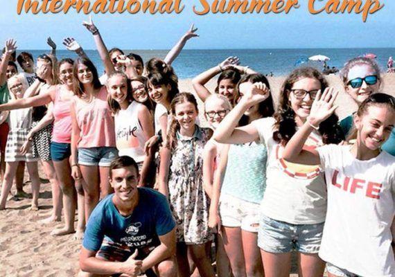 Campamento de verano de idiomas para niños con La Playa Idiomas en La Cala Del Moral
