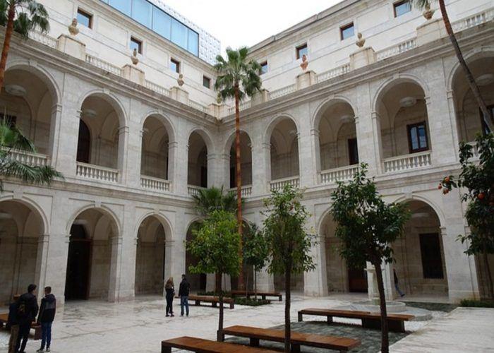 Visita guiada y taller gratis para niños en el Museo de Málaga